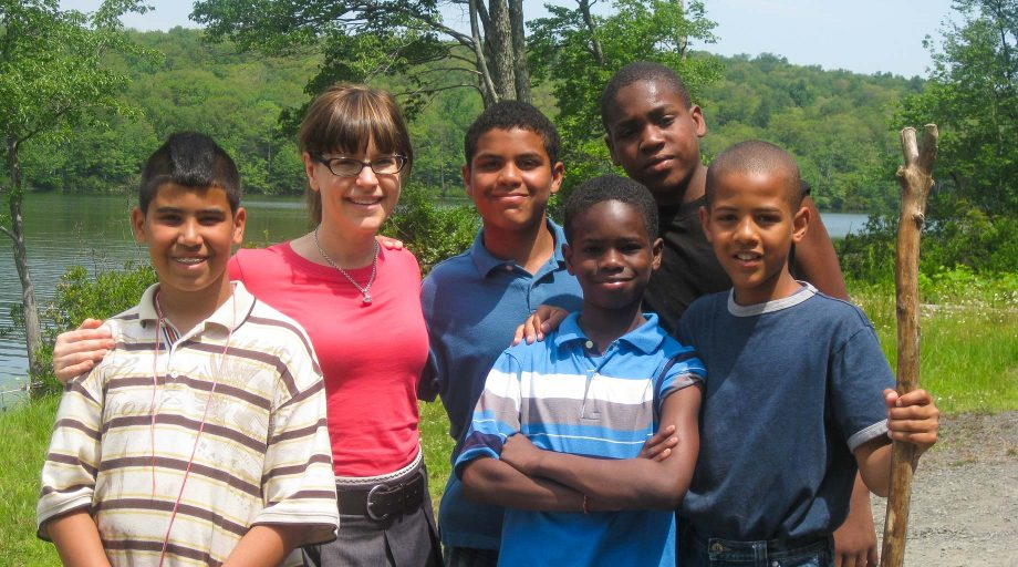 Lisa Loeb at camp with kids